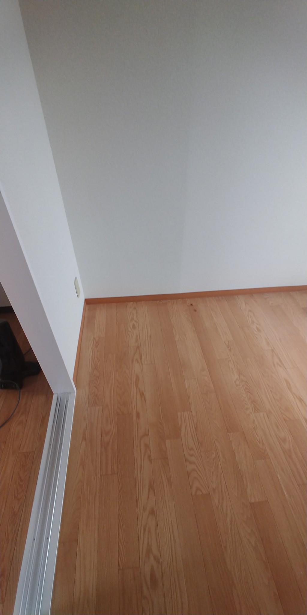 【滑川市】重い家具の回収☆階段からの搬出も作業スタッフがスピーディーに行いご満足いただけました。