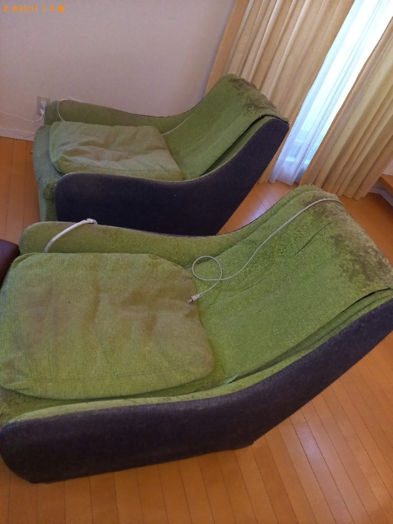 【立川市】遺品整理に伴いマッサージチェア、ソファーの回収・処分ご依頼