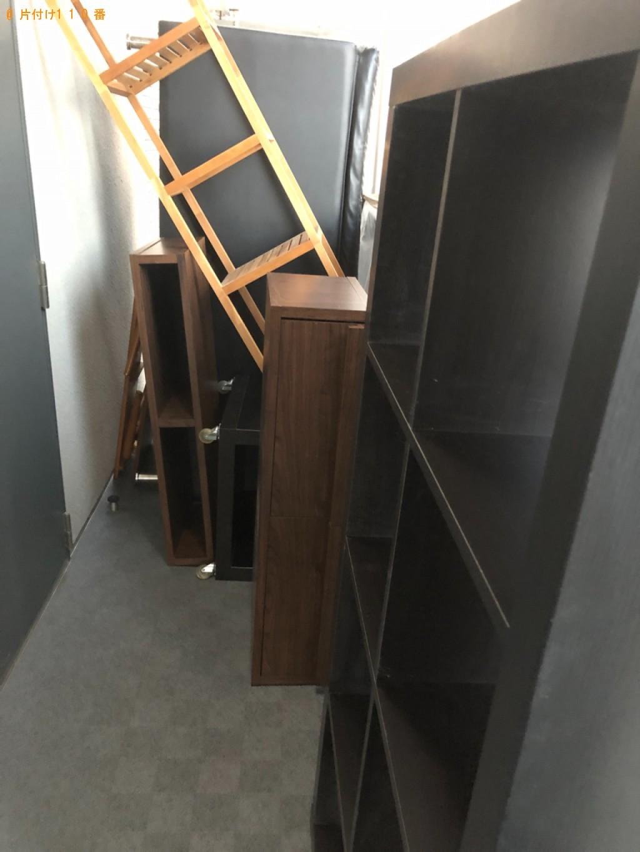 【富山市】本棚、三人掛けソファー、ラック、テレビ台等の回収・処分