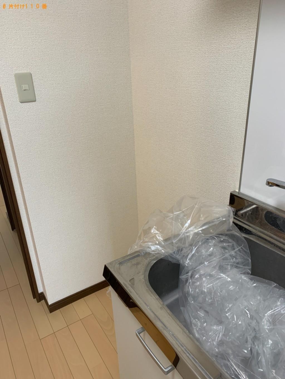 【富山市】冷蔵庫、テレビ台、ハンガーラック、電子レンジ等の回収